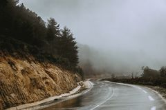 campagne sinueuse Algérie de route de montagne Photo libre de droits