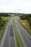 Campagne vide R-U de route de route à deux chaussées Images libres de droits