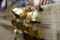 Campana de bronce a adorar Imágenes de archivo libres de regalías