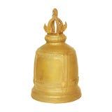 Campana de cobre amarillo en campanas de un fondo del blanco en Tailandia Fotografía de archivo