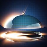 Campana de cristal del restaurante en fondo azul Foto de archivo libre de regalías