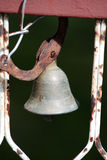 Campana de puerta vieja Fotos de archivo libres de regalías