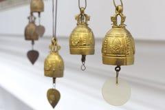 Campana dorata di Buddha a Wat Arun Rajwararam Immagine Stock