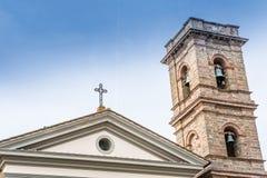 Campanario de la iglesia de la capilla del baño en Castiglione Fiore Fotos de archivo libres de regalías