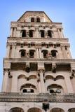 Campanario de una iglesia en fractura Imagen de archivo libre de regalías