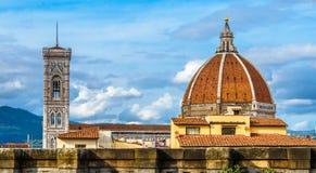 Campanario del ` s de Santa Maria del Fiore y de Giotto Florencia, Italia Imágenes de archivo libres de regalías