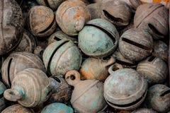 Campanas de bronce animales antiguas Imagen de archivo