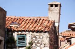 Campanas de iglesia en la ciudad emparedada de Dubrovnic en Croacia Europa Dubrovnik se apoda perla del ` del Adriático Imagenes de archivo