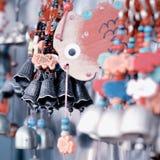 Campanas y pescados del recuerdo del templo del lama de China Pekín Imagen de archivo libre de regalías