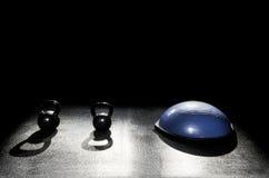 Campane del bollitore della palla 2 dell'equilibrio Immagini Stock