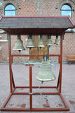 Campane di chiesa su un campanile piegante figurato Immagini Stock Libere da Diritti