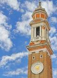 Campanil de la iglesia de Santi Apostoli en Venecia Fotos de archivo