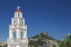 Campanile bianco in Rhodes Greece immagini stock libere da diritti