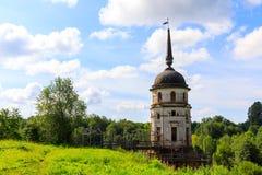Campanile in cattedrale dell'ascensione del signore Monastero di Spaso-Sumorin Totma La Russia La Russia fotografia stock