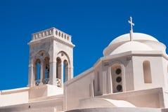Campanile a cielo blu sull'isola di Mykonos Fotografie Stock