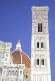 Campanile de Giottoâs e domo, Florença, Italy Foto de Stock Royalty Free
