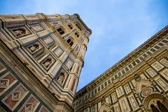 Campanile della cattedrale del duomo del campanile del ` s di Giotto Immagine Stock