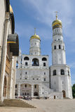 Campanile ed Ivan di presupposto il grande campanile - Cremlino di Mosca Immagine Stock Libera da Diritti