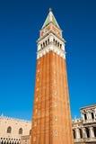 Campanile i Venedig Arkivbild
