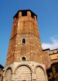 乌迪内,意大利:Campanileat 14世纪中央寺院 库存照片