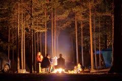 Campare i den Olkhon ön Fotografering för Bildbyråer