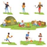 Camparefolkuppsättning, turister som reser, campar och kopplar av vektorillustrationer royaltyfri illustrationer
