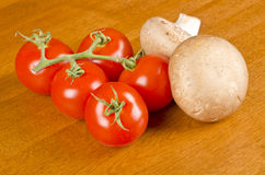 Campari Tomatoes and Crimini Mushrooms Stock Photography