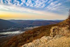Campbell ` s Ledge Scenic Overlook Arkivfoton