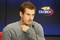 Campeão Andy Murray do grand slam de Grâ Bretanha durante a conferência de imprensa em Billie Jean King National Tennis Center foto de stock