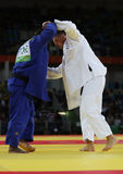 Campeão olímpico República Checa Judoka Lukas Krpalek no branco após a vitória contra Jorge Fonseca de Portugal Imagens de Stock Royalty Free