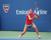 Campeão Petra Kvitova do grand slam durante o primeiro fósforo do círculo no US Open 2013 contra Misaki Doi em Billie Jean King Na Imagem de Stock