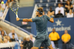 Campeão Rafael Nadal do grand slam de doze vezes durante o segundo fósforo do círculo no US Open 2013 Fotografia de Stock Royalty Free