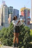Campeão Sloane Stephens do US Open 2017 do Estados Unidos que levanta com o troféu do US Open no Central Park Imagens de Stock Royalty Free