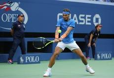 Campeón Rafael Nadal del Grand Slam de España en la acción durante el partido redondo 3 del US Open 2016 Foto de archivo libre de regalías