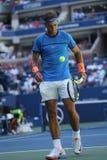 Campeón Rafael Nadal del Grand Slam de España en la acción durante partido de la ronda del US Open 2016 primero Fotografía de archivo