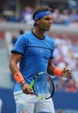 Campeón Rafael Nadal del Grand Slam de España en la acción durante su partido redondo 3 del US Open 2016 Fotografía de archivo libre de regalías