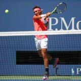 Campeón Rafael Nadal del Grand Slam de España en la acción durante su partido redondo 4 del US Open 2017 Fotografía de archivo