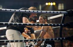 Campeón thaiboxing inglés Liam Harrison del mundo fotografía de archivo