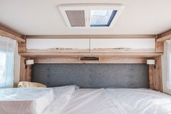 Campeggiatore Van Bedroom fotografie stock libere da diritti