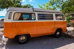 Campeggiatore Van di Volkswagen fotografie stock