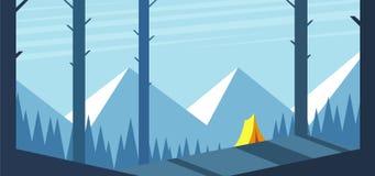 Campeggio di estate della foresta Immagine Stock