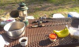 Campeggio di primo mattino Immagini Stock