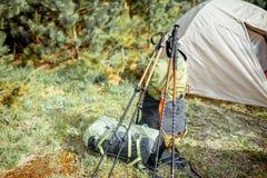 Campeggio nella foresta fotografia stock