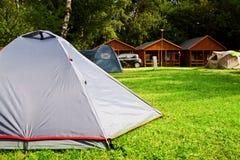 Campeggio turistico della casa della tenda Fotografie Stock