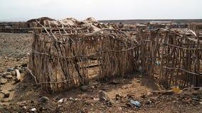 Campeggio vicino al vulcano di Dallol, Danakil, lontano, l'Etiopia immagini stock