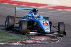 Campeonato italiano F4 accionado por Abarth Fotos de archivo