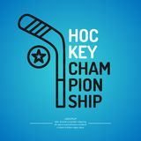 Campeonato moderno do hóquei em gelo do cartaz com o disco no gelo Ilustração do vetor ilustração stock