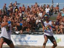 Campeonato mundial 2018 do tênis da praia de ITF - semifinal fotos de stock