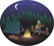 Camper avec des animaux la nuit Images libres de droits