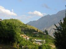 Camper de montagne Photographie stock libre de droits